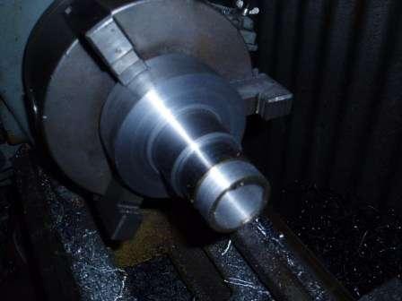 Remachine rear half shafts to run true 01
