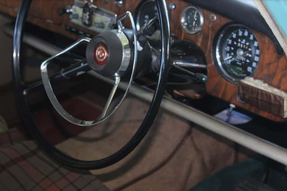 1968 6 110 Steering